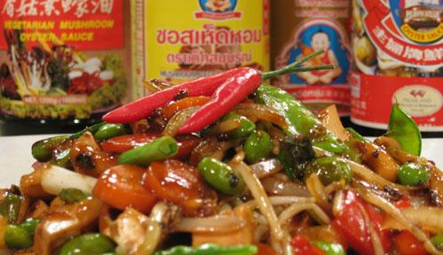 Spicy Thai Cashew Tofu Stirfry